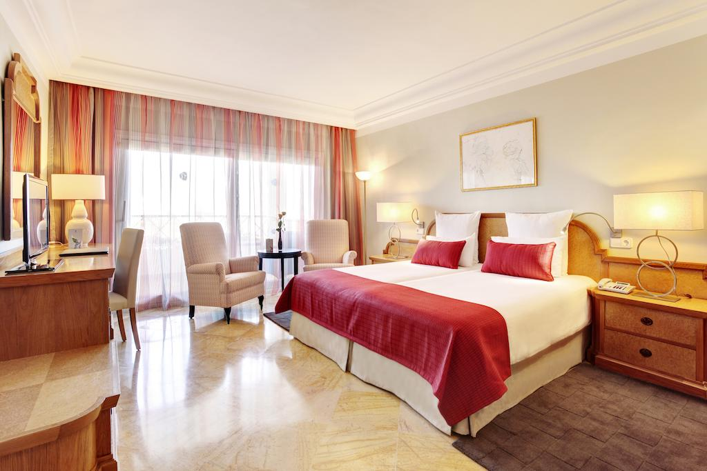 GRUPOTEL PARC NATURAL & SPA HOTEL